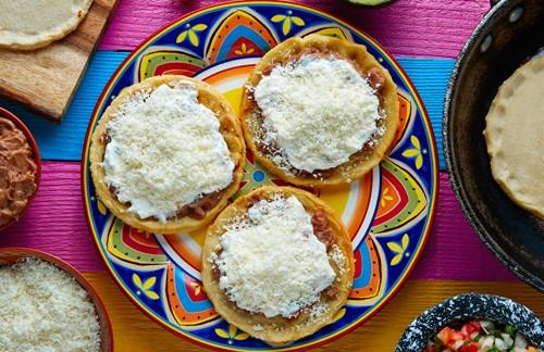 Macarrones con queso y pimiento morrón